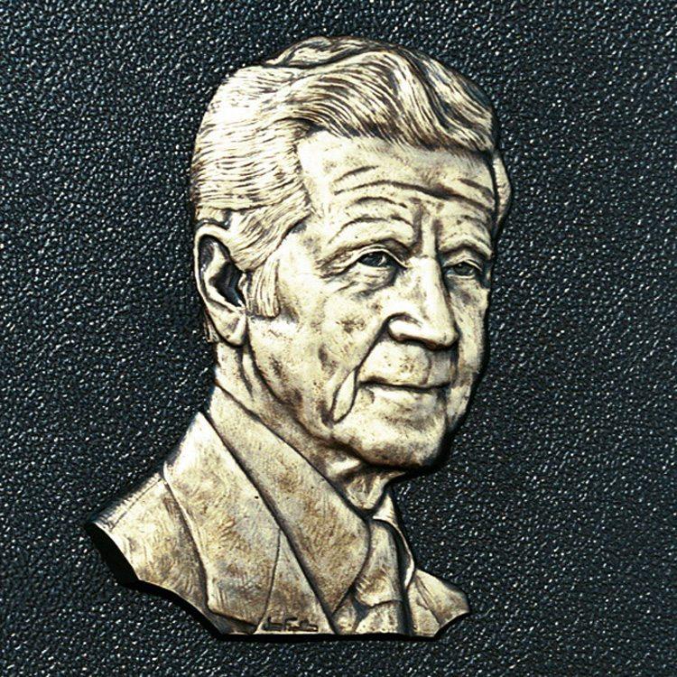 Robert A. Hefner, Jr. (1907-1987)